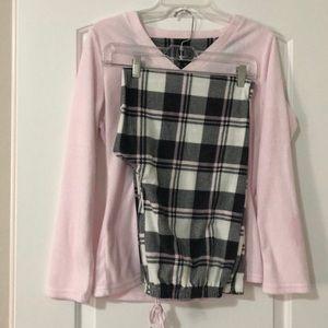 NWOT Laura Ashley pajama set size medium